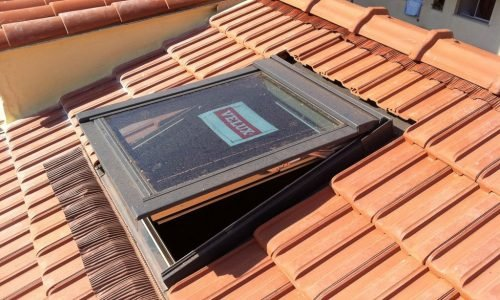 Couvreur 95 | Fenetre velux neuf